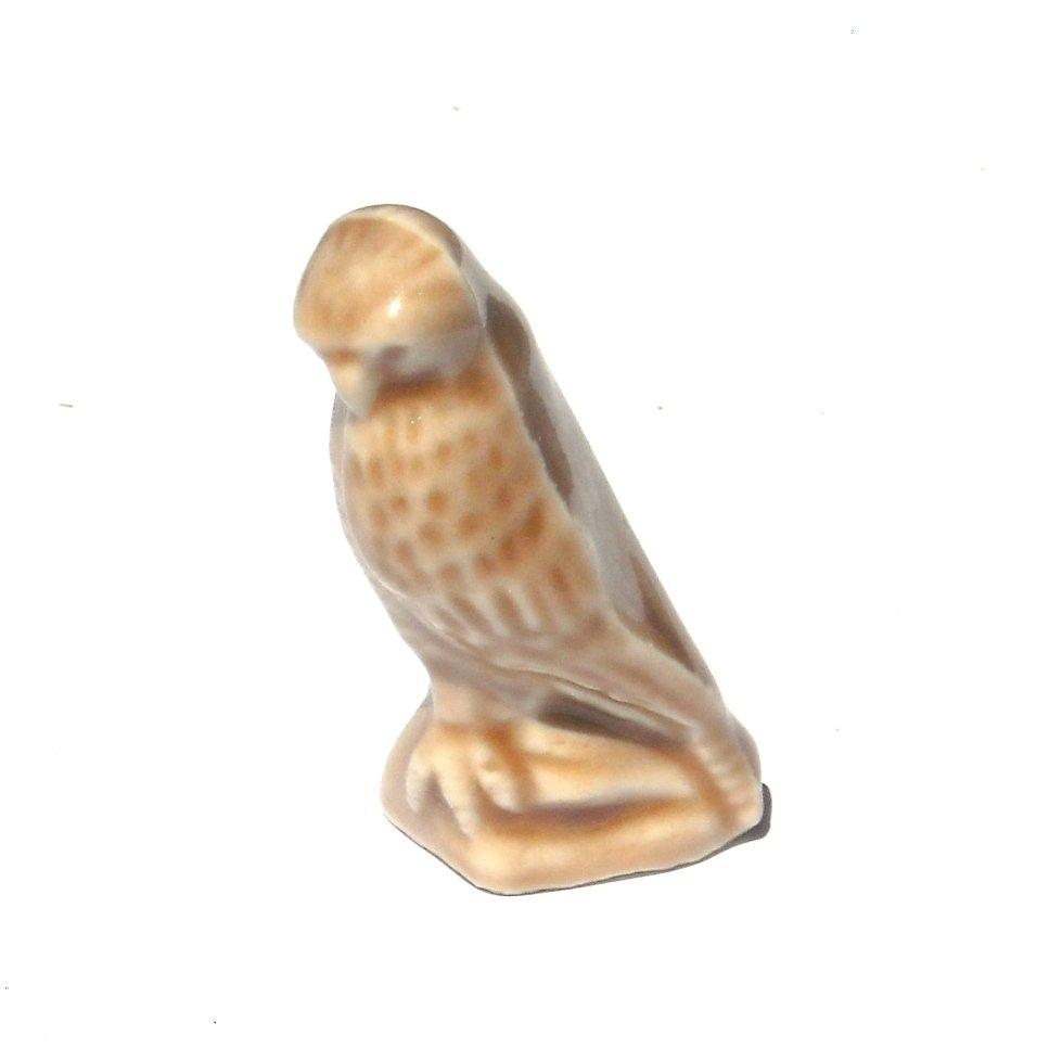 Wade England Red Rose Tea Peregrine Falcon Figurine No 287