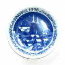 Royal Copenhagen 1998 Roskilde Cathedral Annual Christmas Plaquette Small Plate