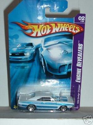 2007 Hotwheels 69 Dodge Charger 2/4