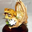 FROG ON WATER LILY PORCELAIN FIGURINE-NIB