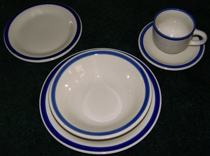 DISHES - Stoneware by GIBSON complete set for four - 5 pc place settings - 32 pcs.