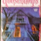 Welcome to Dead House (Goosebumps, No. 1) [Mass Market Paperback] R. L. Stine
