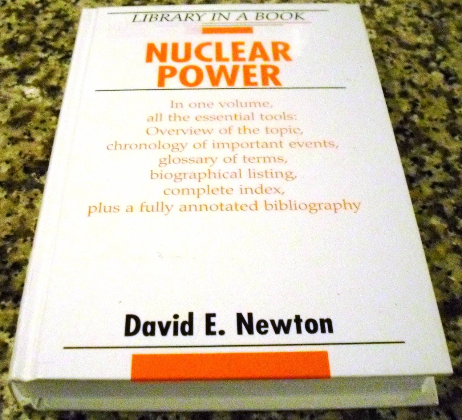 Nuclear Power (Library in a Book) by David E. Newton (Dec 2005)