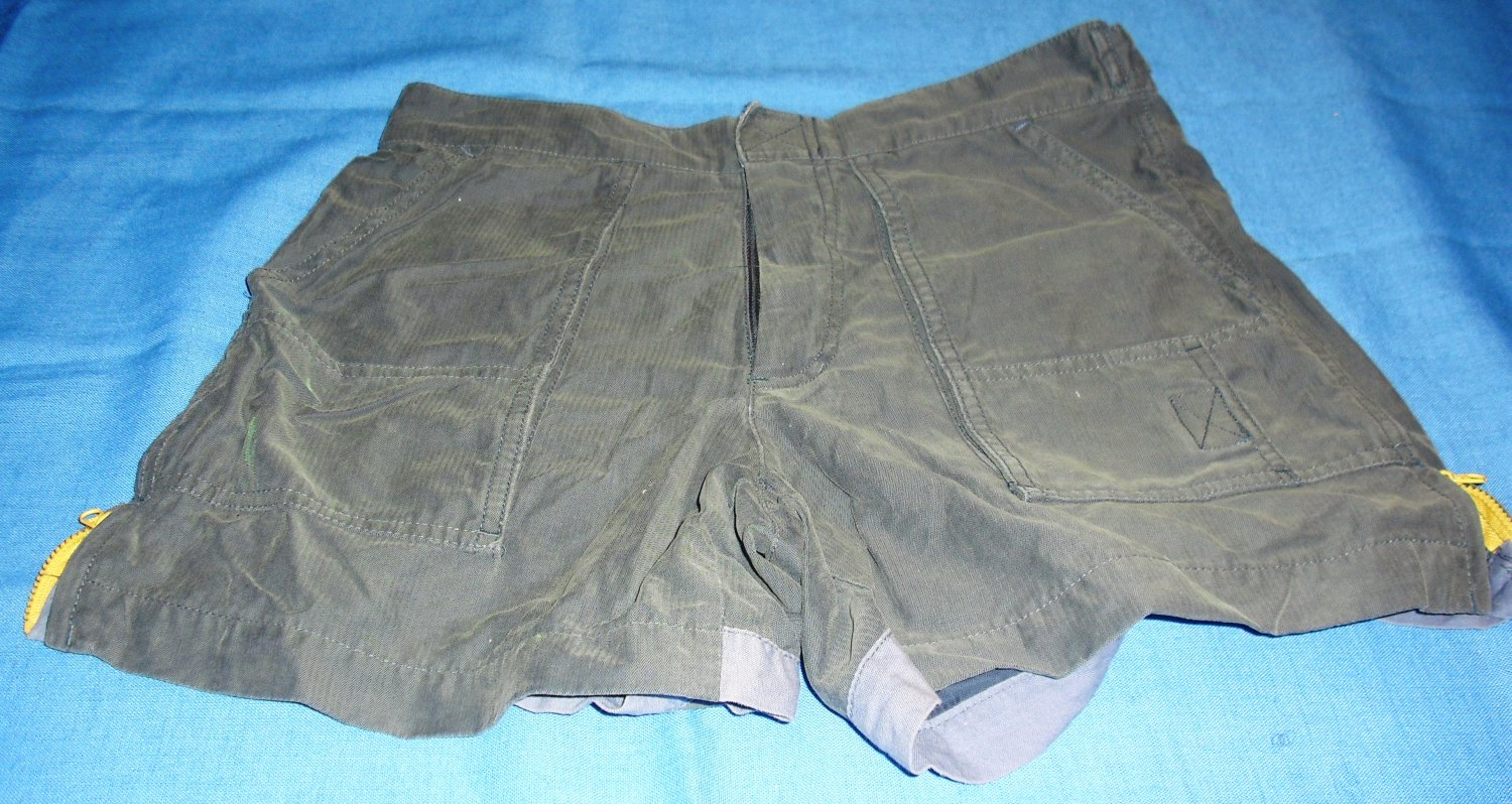 AMERICAN EAGLE OUTFITTERS green utility shorts SIZE 2