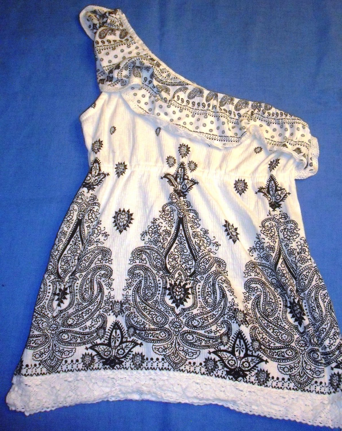 Almost Famous Black White Paisley Ruffle One Shoulder Lace Shirt Top Small EUC