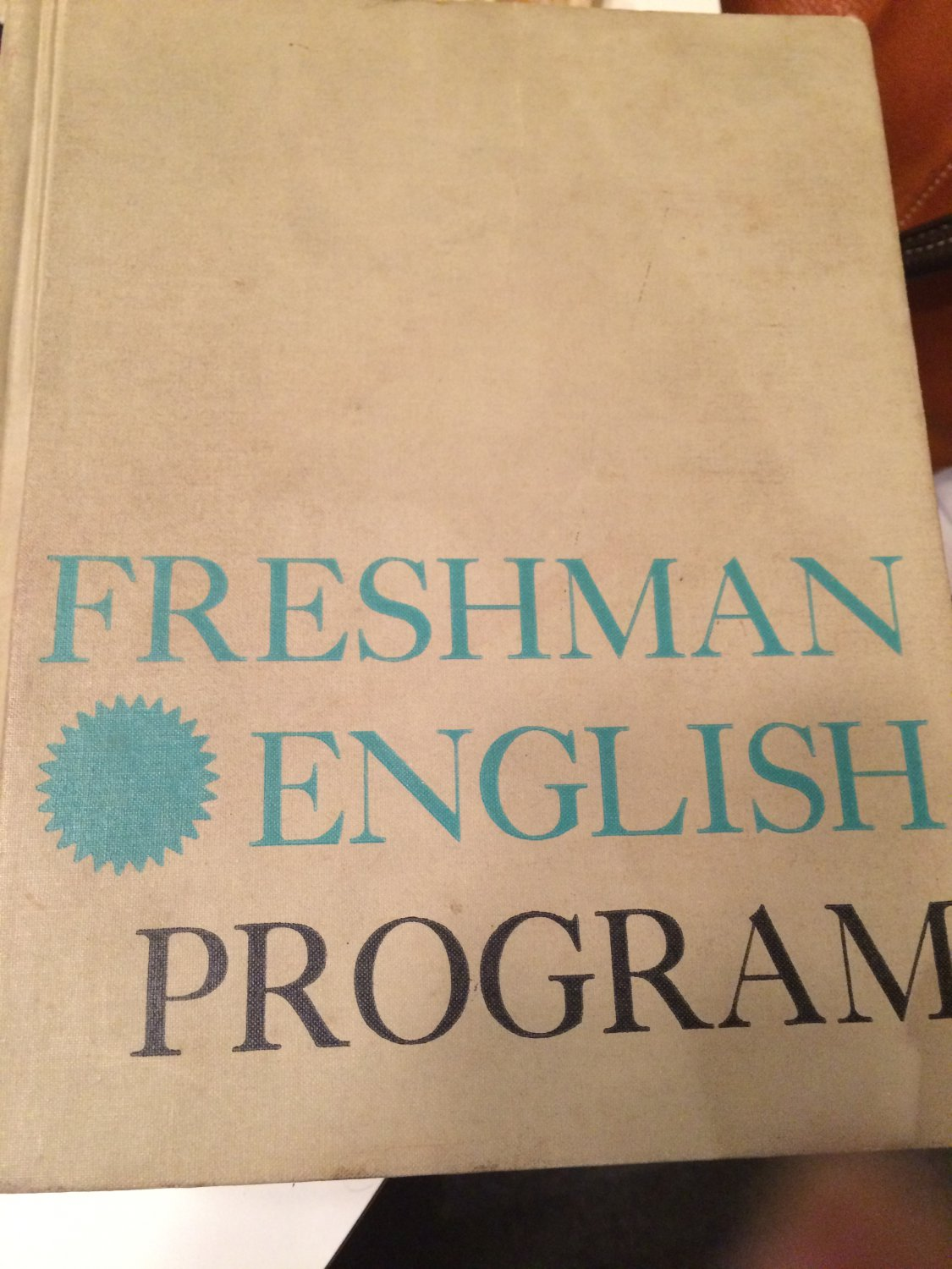 freshman english A guide for students in english 1101, 1102, and 1103.