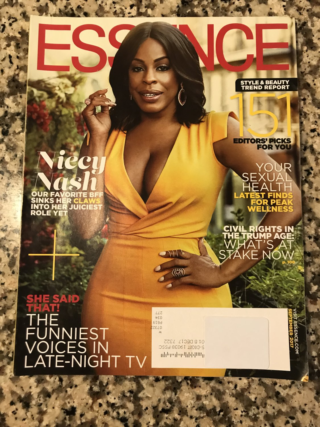 Essence Magazine September 2017 Niecy Nash Cover