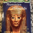 Mummies and Pyramids: A Nonfiction Companion to Magic Tree House #3: