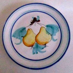 Vietri Buon Giorno Pears Plate Italian Majolica pottery serving or wall decor
