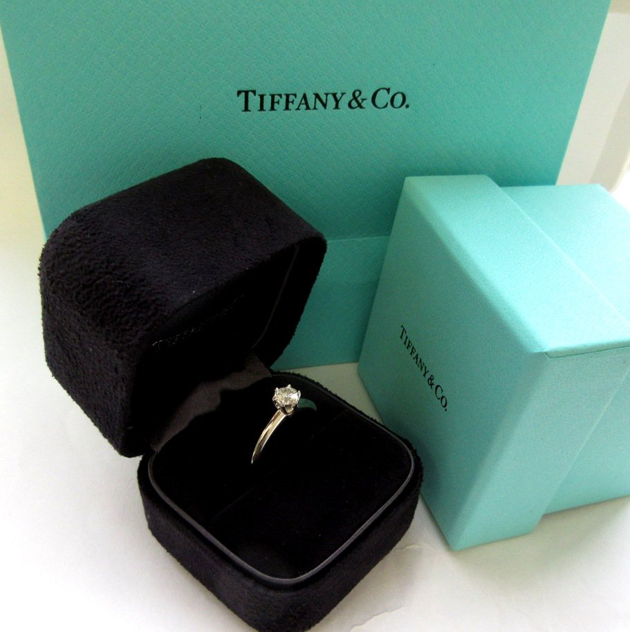 TIFFANY & Co. Platinum .42ct Diamond Engagement Ring 5 --- SOLD