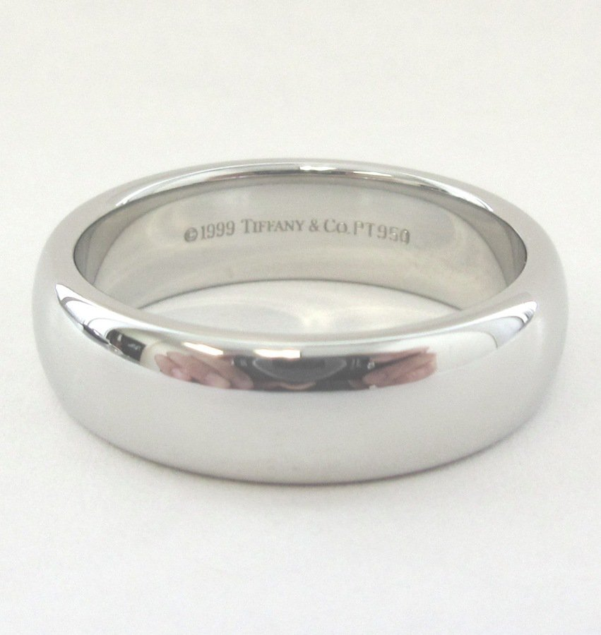 TIFFANY & Co. Classic Platinum 6mm Lucida Wedding Band Ring 8.5
