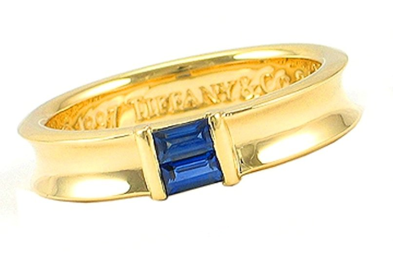 TIFFANY & Co. 18K Yellow Gold Blue Sapphire Stacking Ring 5