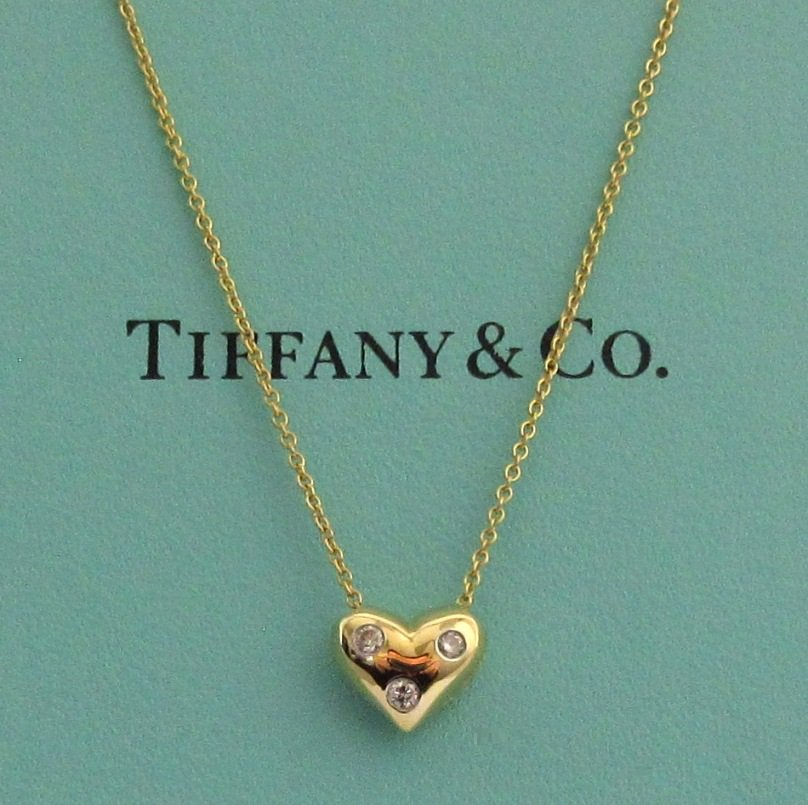 TIFFANY & Co. 18K Yellow Gold Platinum Etoile 3 Diamond Heart Pendant Necklace