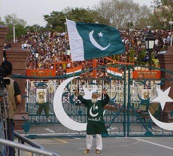 Karachi(Want Any thing from pakistan)