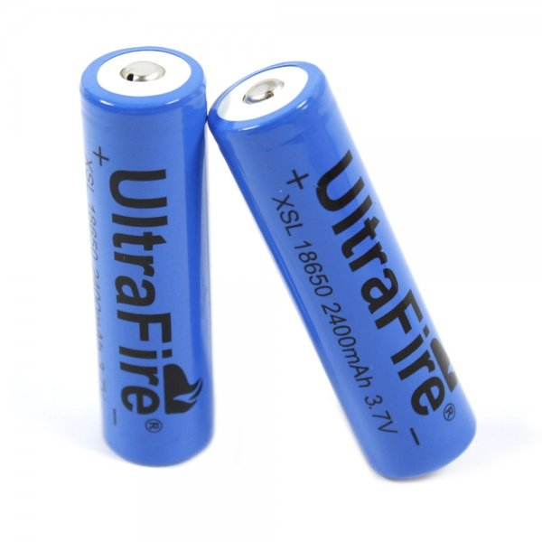 2pcs UltraFire 18650 3.7V 2400mAh Batteries Blue