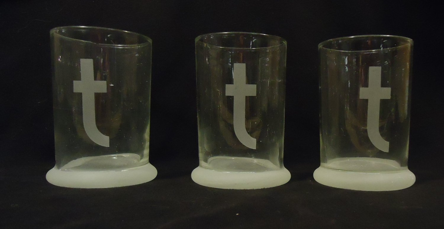 Set of 3 Glasses with Letter t  5in x 3 1/2in x 3 1/2in Glass
