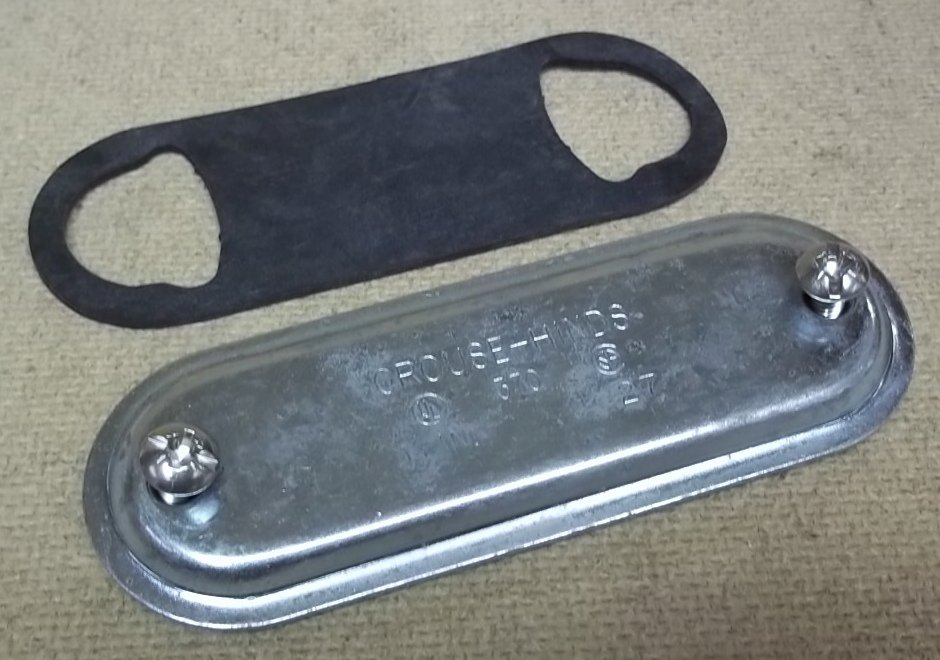 Crouse-Hinds 370 Conduit Body Cover and Gasket 1in