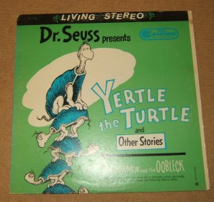 RCA Dr. Seuss Yertle the Turtle Bartholomew and the Oobleck CAS1035 Vintage Plastic