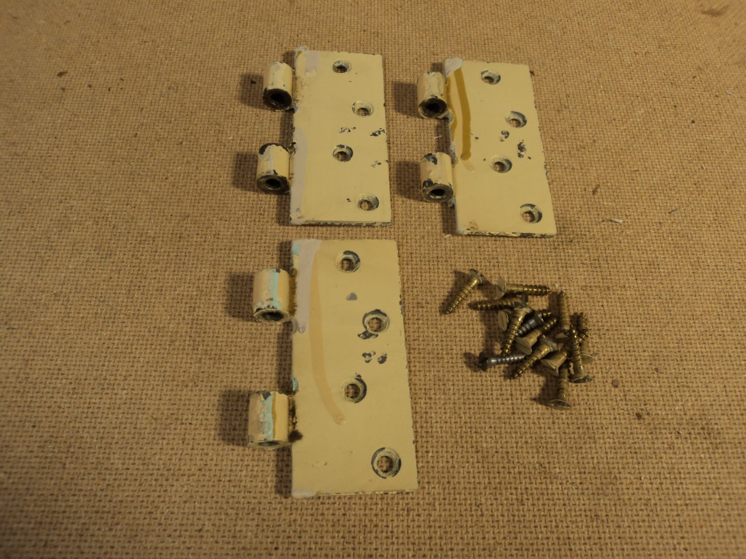 Stanley Partial Hinges Heavy Duty 1 3/4in x 4in Painted Yellow Set Of 3 Vintage