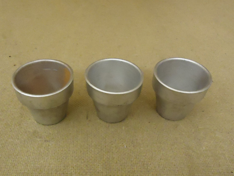 Designer Lot of 3 Miniature Pots 2 1/2in Diameter x 2 1/4in H Silver Ceramic