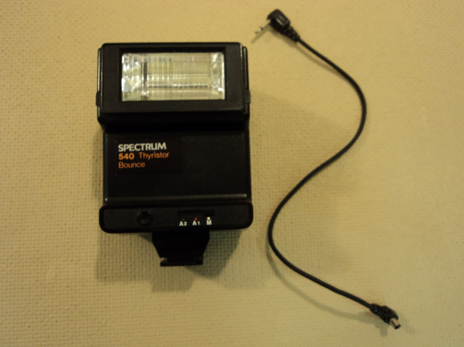 Spectrum Thyristor Bounce Flash Black SLR Film 540 Vintage