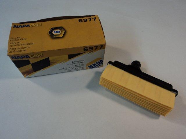 Napa Wix Emission Control Filter Premium Gold Crankcase Ventilation 6977