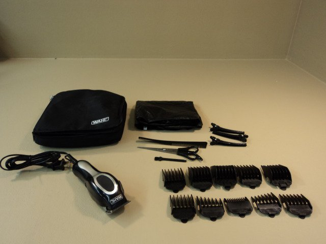 Wahl Pro Clipper Deluxe Style Includes Carry Case Accessories Included MC3