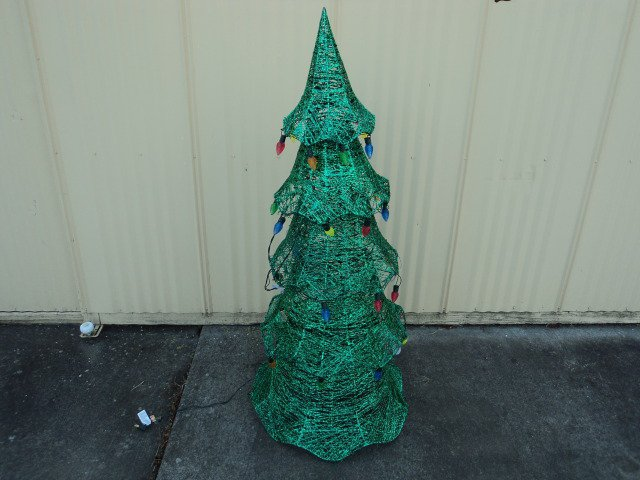 Philips 5 Foot LED Lighted Tree Indoor Outdoor 200 Lights 901842 Xmas Spirit