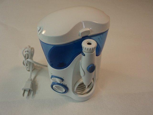 Waterpik Water Flosser Ultra Oral Irrigating 4 Tips WP-100W WP-100C