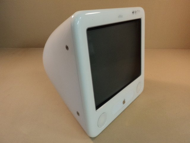 Apple eMac 17in 1GHz PowerMac PowerPC G4 White 80GB Hard Drive A1002 EMC 1955