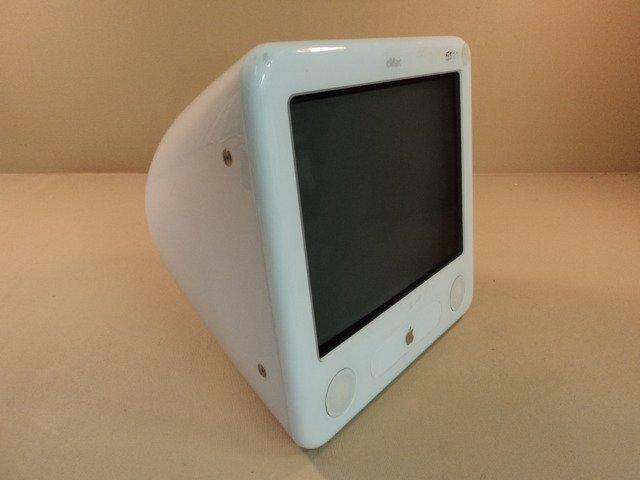 Apple eMac 1GHz 17in PowerPC G4 PowerMac White 40GB Hard Drive A1002 EMC 1955