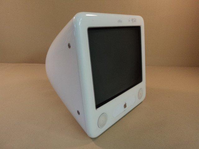 Apple eMac PowerPC G4 17in 1GHz PowerMac White 80GB Hard Drive A1002 EMC 1955