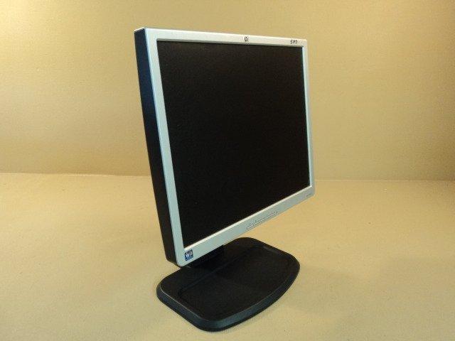 HP LCD Flat Color Monitor 19 Inch 100-240VAC 1.3A EM869A L1940T HSTND-2B02