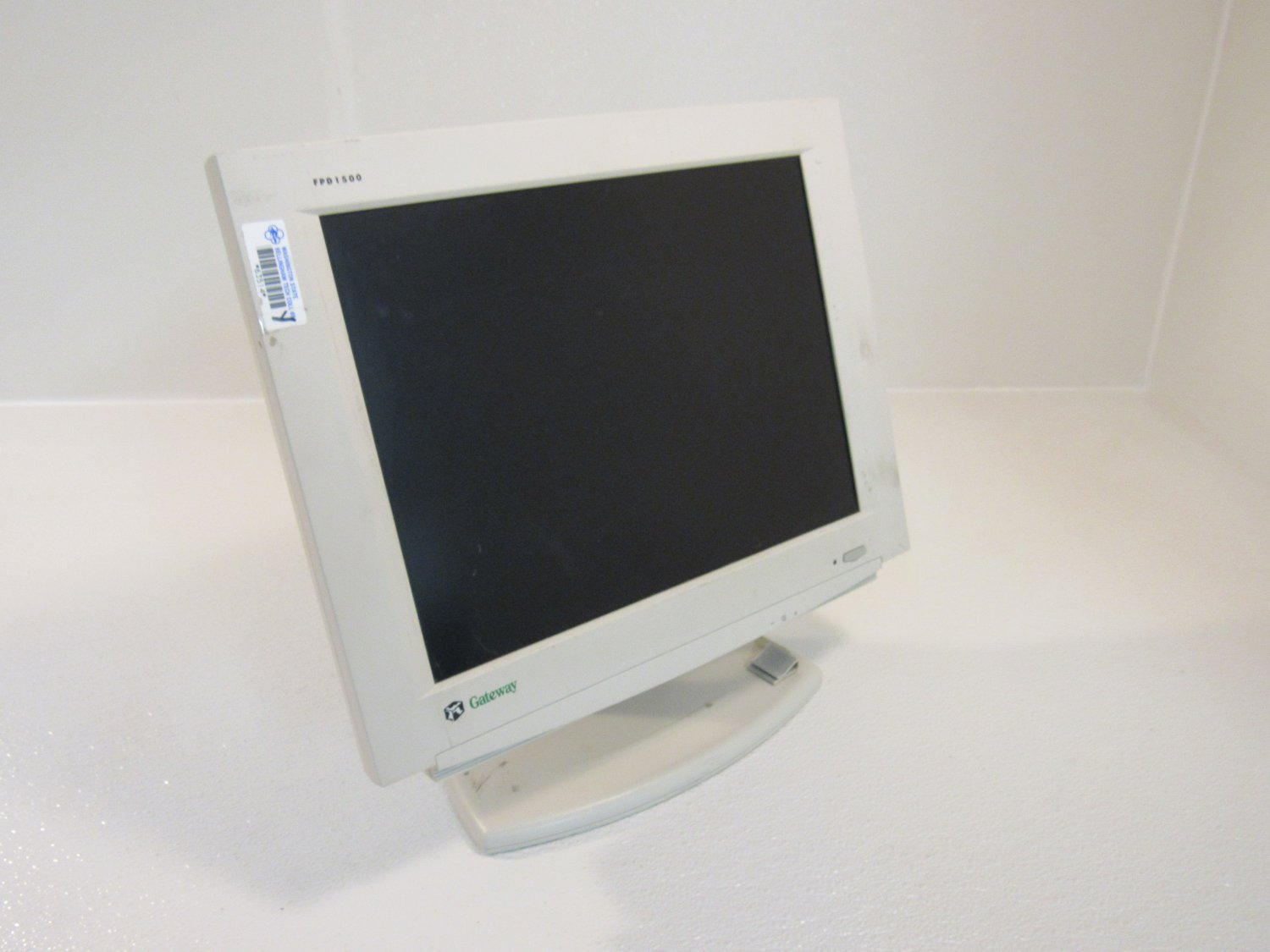 Gateway 15.1in Color Monitor Flat Screen LCD White 24V DC 1.2A FPD1500