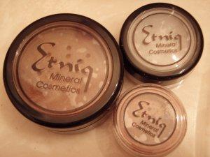 Etniq Foundation Sampler