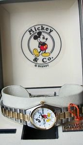 Disney Mint Extremely Rare Ladies Seiko Mickey Mouse Watch!  With Date! HTF!