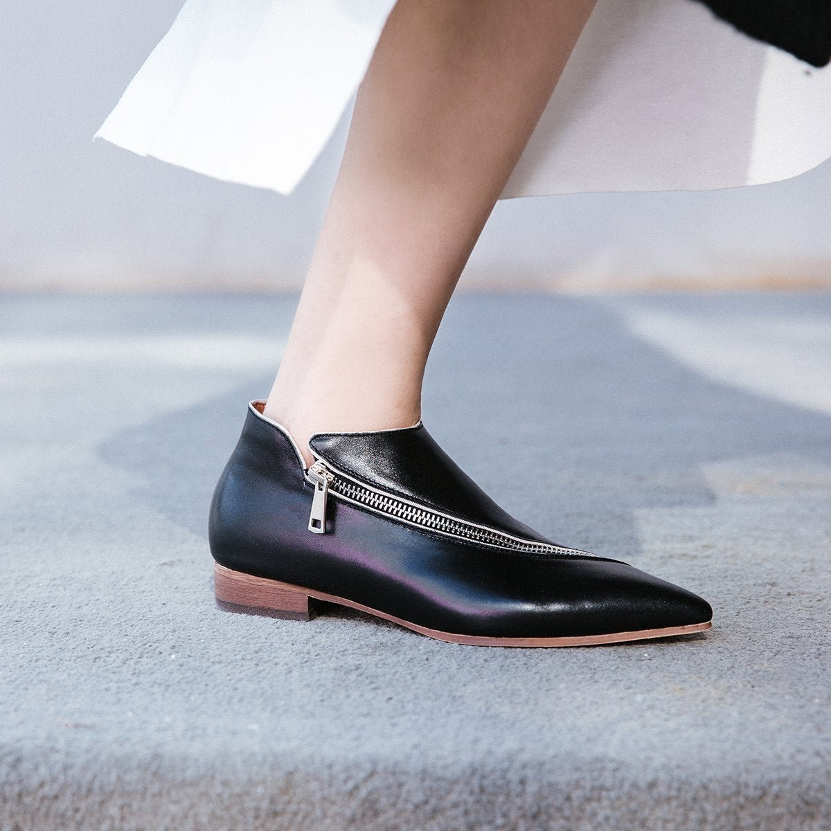 Real Leather Pumps Women Pointed Toe Zipper Autumn Shoes