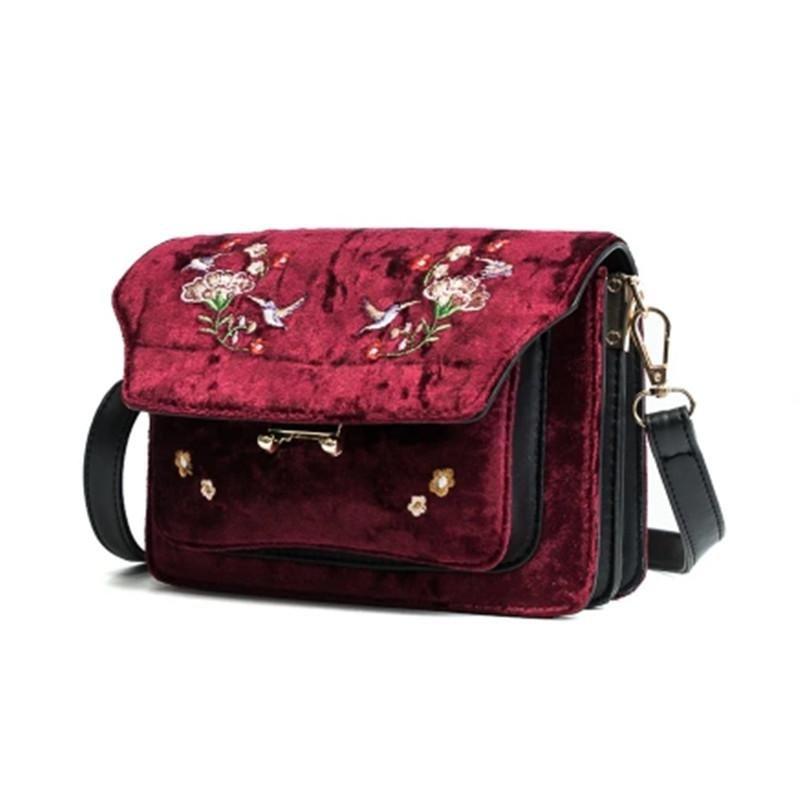 Classic lady embroidery bag floral pattern insect bag designer handbag quality high velvet bag rivet