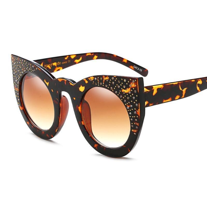 Rhinestone Rivet Sun Glasses Brand Designer Luxury Women Ladies Personality Elegant Sunglasses Oculo