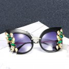 2017 Luxury Crystal Decoration Cat Eye Sunglasses Women Spring Hinges Fashion Ladies Gradient Lens e