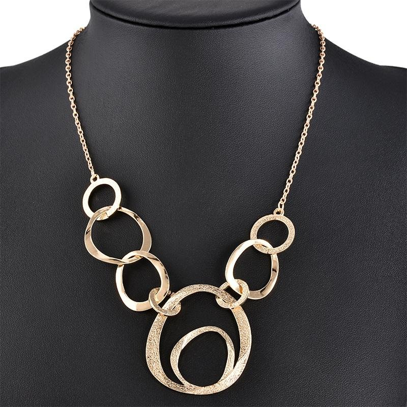 Classical Fashion Exaggerat Annulus Chocker Necklaces Collar Pendant Necklace women Statement Sweate