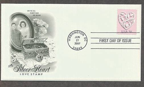 USPS 2007 Love Postage Stamp, Silver Heart, First Issue USA