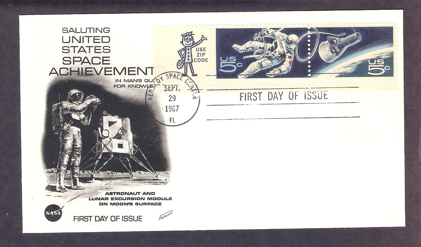 Space Twins, Project Gemini, NASA Capsule, Astronaut, Kennedy Space Center, FW First Issue 1967 USA