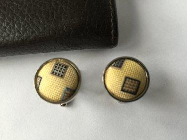 New Men Vintage Cuff Links Yellow Cloth Chrome Design