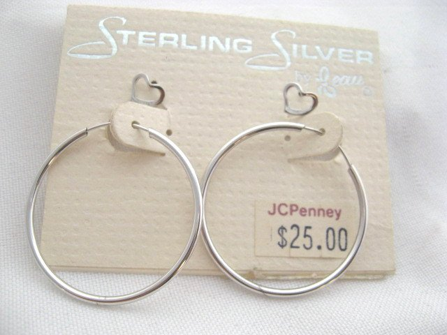 Sterling Silver Beau earring hoop and heart studs set Jewelry 25.00$