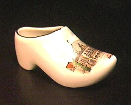Souvenir PORCELAIN SHOE Germany