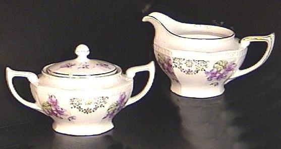 Violets CREAMER & SUGAR BOWL Germany CA.1930