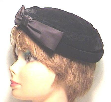 Velvet DEMI HAT with SATIN BOW 1950s
