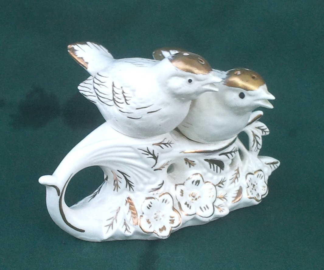 Birds On Branch 3-Piece Salt & Pepper Shakers with Gold Trim