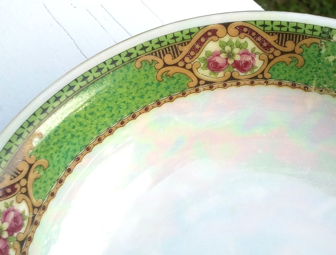 Czechoslovakian Porcelain Bowl in Pearl Luster and Green
